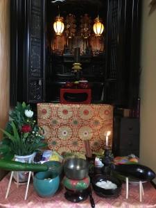 お盆仏壇1